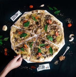Foto 1 - Makanan di Pizza Marzano oleh deasy foodie