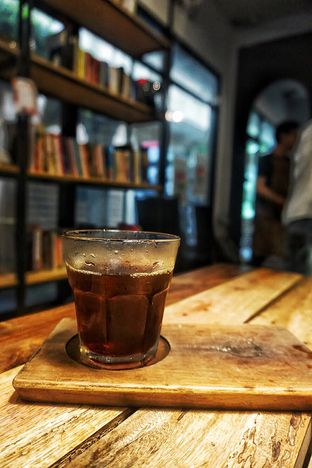 Foto 2 - Makanan( Japanese Cold Drip) di Maraca Books and Coffee oleh Fadhlur Rohman