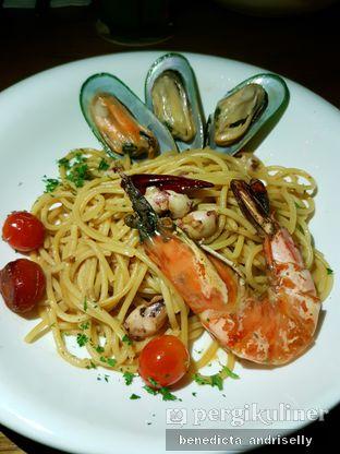 Foto 7 - Makanan di BASQUE oleh ig: @andriselly