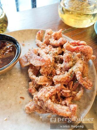 Foto Makanan di Red & White Kitchen