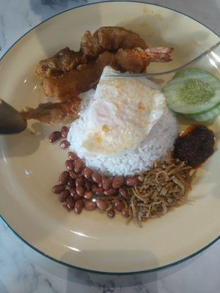 Foto 8 - Makanan di Ponggol Nasi Lemak oleh deasy foodie
