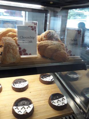 Foto 6 - Interior di Asagao Coffee House oleh Mouthgasm.jkt