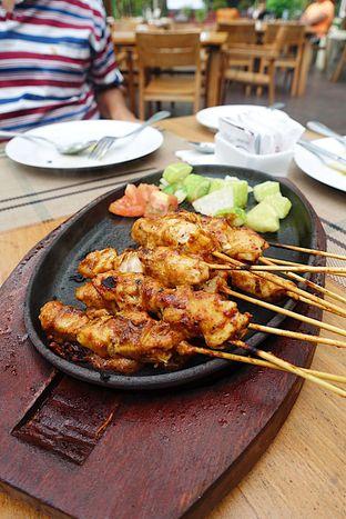 Foto 11 - Makanan di Meranti Restaurant oleh inggie @makandll