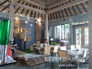 Foto 6 - Interior di Old Wood Bistro & Bar oleh Prita Hayuning Dias