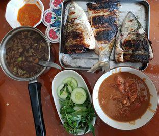 Foto 1 - Makanan(Bandeng bakar) di Sop Konro Karebosi oleh Pengembara Rasa