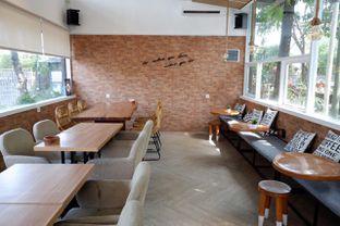 Foto 4 - Interior di Terra Coffee and Patisserie oleh yudistira ishak abrar