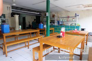 Foto 13 - Interior di Warung Mak Dower oleh Ladyonaf @placetogoandeat