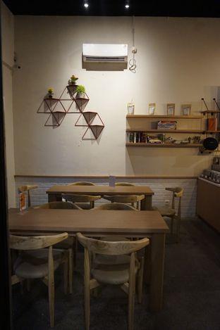 Foto 20 - Interior di Honey Beans Coffee & Roastery oleh yudistira ishak abrar
