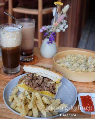 Foto 3 - Makanan di Bukan Ruang oleh Darsehsri Handayani