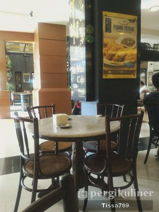 Foto 1 - Interior di Ah Mei Cafe oleh Tissa Kemala
