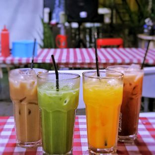 Foto 10 - Makanan(Greentea​, thai tea, Capuccino, orange buzz) di Warung Nagih oleh The foodshunter