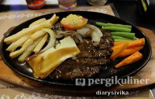 Foto 2 - Makanan(tenderloin steak) di Steak Hut oleh diarysivika