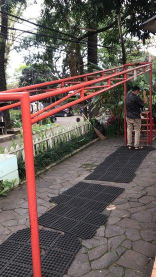 Foto 6 - Interior di Tree House Cafe oleh Ratih Danumarddin