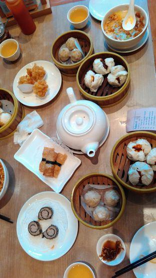 Foto 3 - Makanan(Lumpia kulit tahu, chinese tea, siao long bao, ) di Imperial Kitchen & Dimsum oleh Yanni Karina
