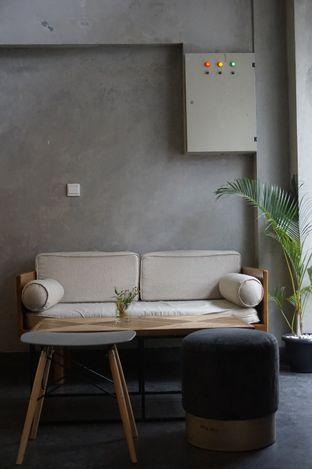Foto 14 - Interior di Awesome Coffee oleh yudistira ishak abrar