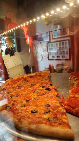 Foto 7 - Makanan di Pizza Place oleh thehandsofcuisine