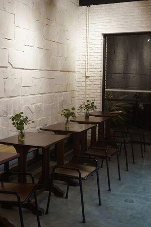 Foto 9 - Interior di Kaffeine Kline oleh yudistira ishak abrar