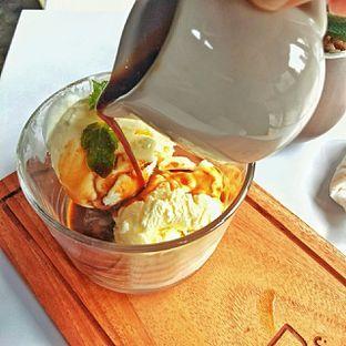 Foto 11 - Makanan(affogato) di Jonbon's Coffee & Eatery oleh duocicip