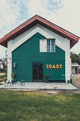 Foto 26 - Interior di Roast Coffee oleh Indra Mulia