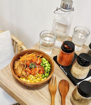 Foto - Makanan(Max bowl) di Poke Haus oleh Stellachubby