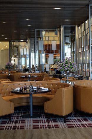 Foto 9 - Interior di Asia - The Ritz Carlton Mega Kuningan oleh Nanakoot