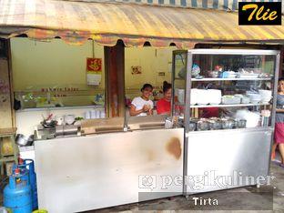 Foto 2 - Eksterior di Bakmi Telor Akim oleh Tirta Lie
