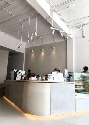 Foto 23 - Interior di Oi Coffee & Eatery oleh Prido ZH