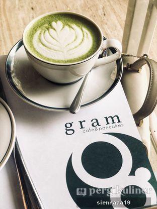 Foto 2 - Makanan(hot green tea latte) di Gram Cafe & Pancakes oleh Sienna Paramitha