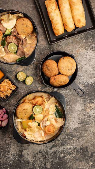 Foto 2 - Makanan di Soto Betawi Nyonya Afung oleh Makan Samacici