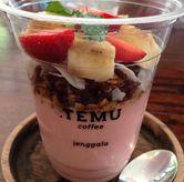 Foto Berry Banana Bowl di Titik Temu Coffee