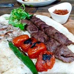 Foto 2 - Makanan(shish kebab) di Des & Dan oleh Dianty Dwi