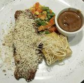 Foto Herb Crusted Sirloin Steak (IDR 84,700 - Nett) di Meatology
