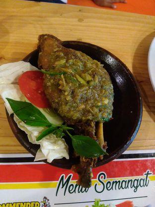 Foto 2 - Makanan di Bebek Semangat oleh syafah ufah