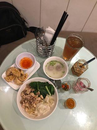 Foto 3 - Makanan di IWS Noodle & Cafe oleh Intan Ardrianty W