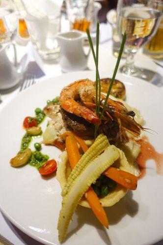 Foto Makanan di Cafe Gratify