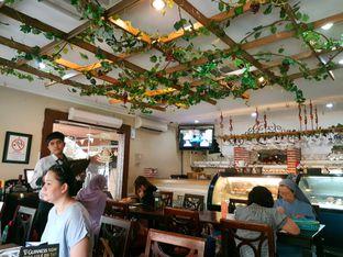 Foto 4 - Interior di Pisa Kafe oleh ig: @andriselly
