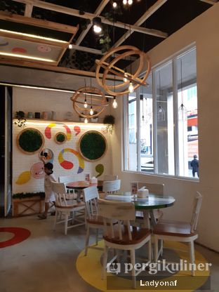 Foto 1 - Interior di Fat Bubble oleh Ladyonaf @placetogoandeat