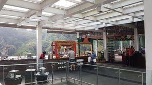 Foto 2 - Interior di The Restaurant - Hotel Padma oleh Mariane  Felicia