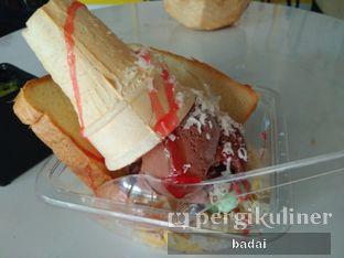 Foto 5 - Makanan di Creamel Ice Cream oleh Winata Arafad