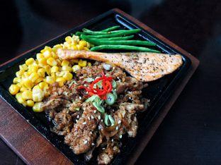 Foto 8 - Makanan di Akasaka Japanese Steak & Ice Cream oleh Astrid Huang | @biteandbrew