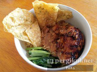 Foto review Mie Ayam Bakar Rondo Bakar oleh Tirta Lie 1