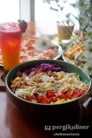 Foto 11 - Makanan(American Cobb Salad) di Glosis oleh Shella Anastasia