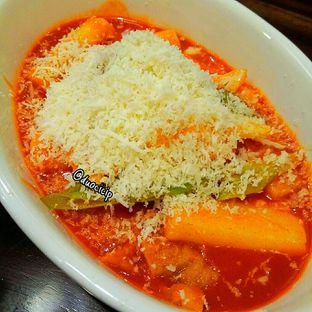 Foto 6 - Makanan(Keju Tukpokgi) di Miso Korean Restaurant oleh felita [@duocicip]