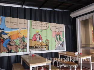Foto 5 - Interior di Bara Grills oleh EATIMOLOGY Rafika & Alfin