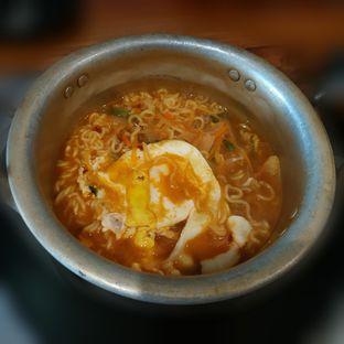 Foto 3 - Makanan(Pot Ramen) di Ahjumma Kitchen oleh Eveline Nathania