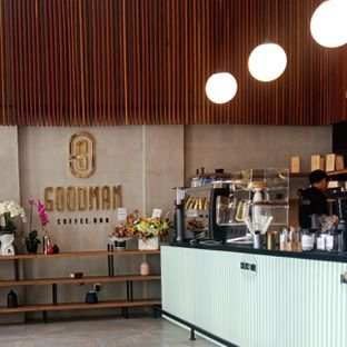 Foto 5 - Interior di Goodman Coffee Bar oleh Fensi Safan