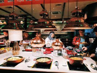 Foto 14 - Interior di The Royal Kitchen oleh Amanda Moixmanda