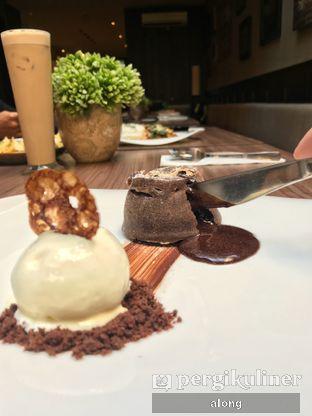 Foto 1 - Makanan(CHOCOLATE LAVA) di Confit oleh #alongnyampah