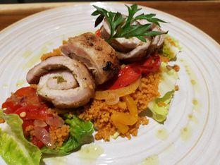 Foto - Makanan(Roast Pork Sambal Ijo Roulade) di Caffe Pralet oleh Andy Gunadi