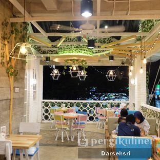 Foto 7 - Interior di Fat Bubble oleh Darsehsri Handayani